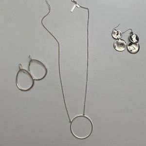 Lele Sadoughi silver chain and silver earrings
